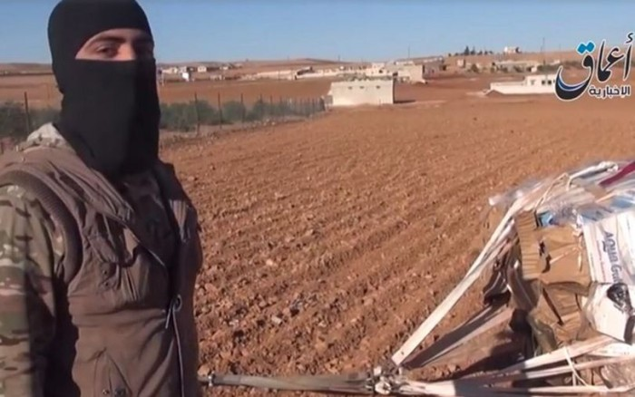 ISIS VIDEO: AMERICA AIR DROPPED WEAPONS INTO ISIS HANDS!