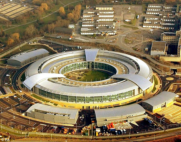 Britain Withdrawing Spies, U.S. On High Alert After Russia and China Access Over 1 Million Secret Files From Edward Snowden