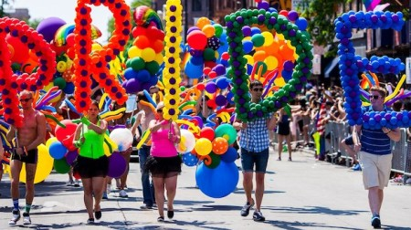 chicago-pride-parade