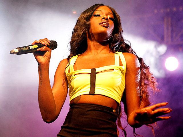 Twitter Defends Azealia Banks After Her Call For Sexual Violence Against Gov. Sarah Palin