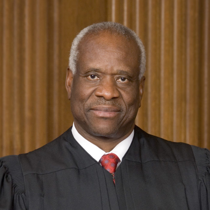Justice Clarence Thomas Warns Against 'Grievance' Culture, Honors Scalia In Grad Speech (Video)