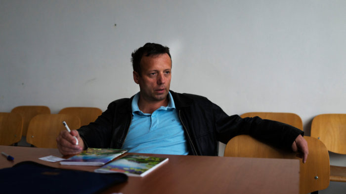 Romanian Hacker Guccifer: I breached Clinton Server, 'It Was Easy'