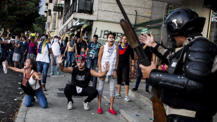 "Coming Destruction? Alan Greenspan Warns ""Venezuela Under Martial Law And America Is Next"" (Video)"