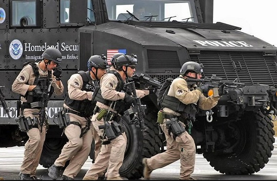 Staged Events Cause US Police To Enter MILITARY MODE For All Protests (Video)