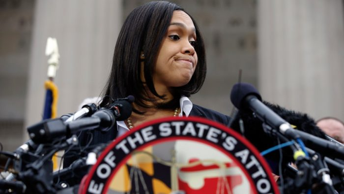 Report: Leaked Text Messages Demonstrate Mosby's Bad Faith