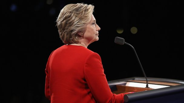 """Hillary's Secret """"Cleaner"""" Caught RED-HANDED After Debate:  His Identity Explains Everything (Video)"""