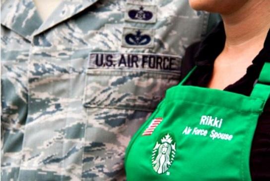 Starbucks Tells U.S. Veterans Why Company Will Hire Refugees Instead
