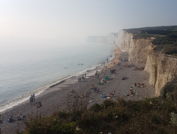 GAS PANIC: Packed Tourist Hotspot Beachy Head Evacuated – 238 People 'Decontaminated' In Hospital (Video)