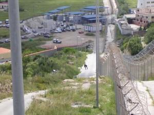 El_paso_fronterizo_de_Farjana_en_Melilla