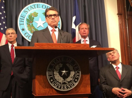 rick_perry_announces_national_guard_troop_deployment_140721