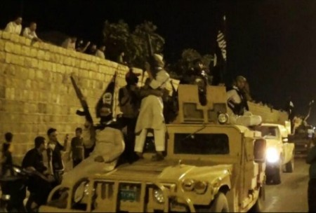 ISIS-captured-humvee-jihadipic