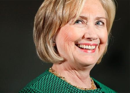 150114_POL_HillaryClintonSmile.jpg.CROP.promo-mediumlarge