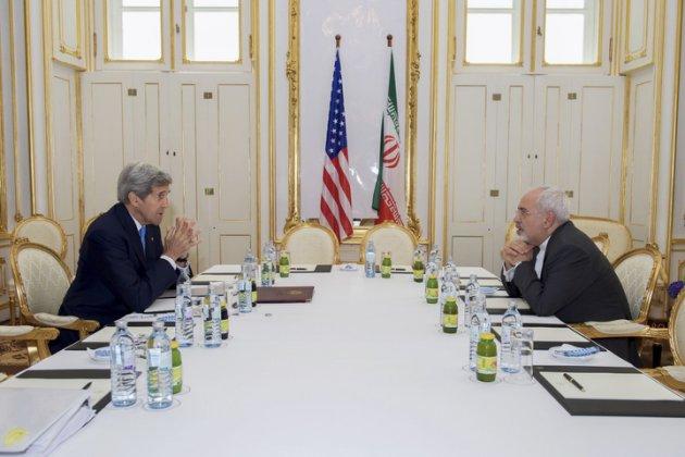 """John Kerry On The Risk Of Congress """"Screwing"""" The Ayatollah"""