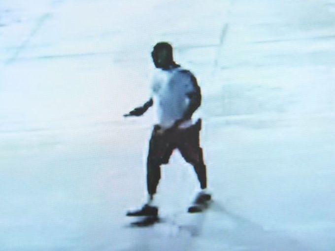 635764168106695883-suspect