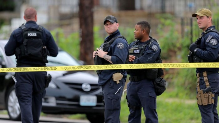 St. Louis Police Officers Shoot, Kill Suspect