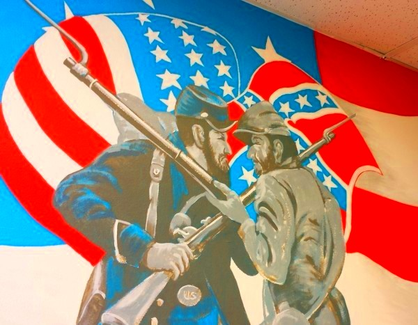 Obama's VA Forcing Veteran Artist To Paint Over Confederate Flag On American War Mural [Video]