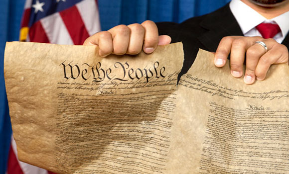 Feds Demand Texans Stop Handing Out Constitution At Naturalization Ceremonies