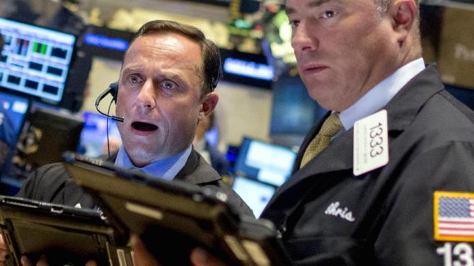 US Stocks Open Lower As Fed Uncertainty Weights On Markets