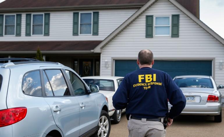 fbi-investigates-hillary-clinton-31-770x470