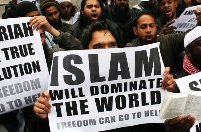 China Declares War On Islam – Imposes DRASTIC Laws Against Them