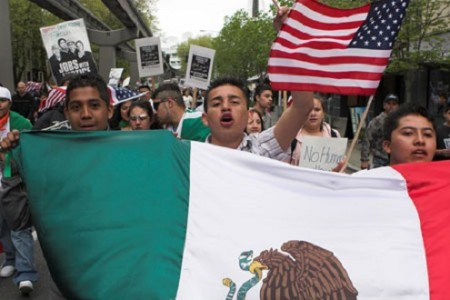 mexican-flag-at-immigration-protest