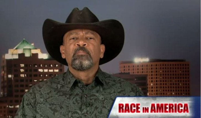 Sheriff David Clarke: Do Politicians, Media Manipulate Black Voters? [Video]