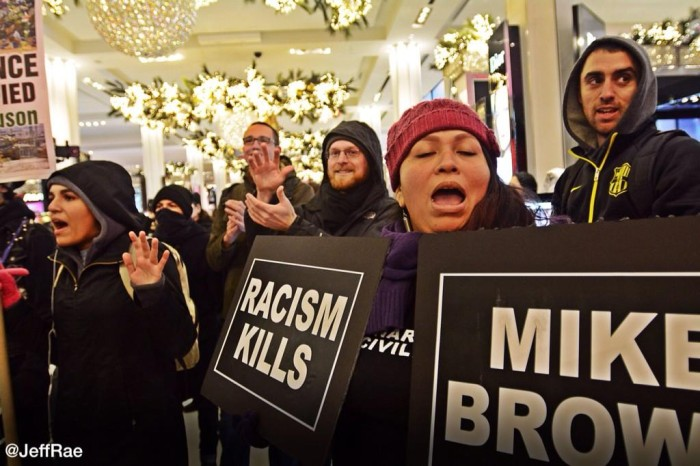 Black Lives Matter Protestors INVADE Macy's – Total CHAOS (Video)