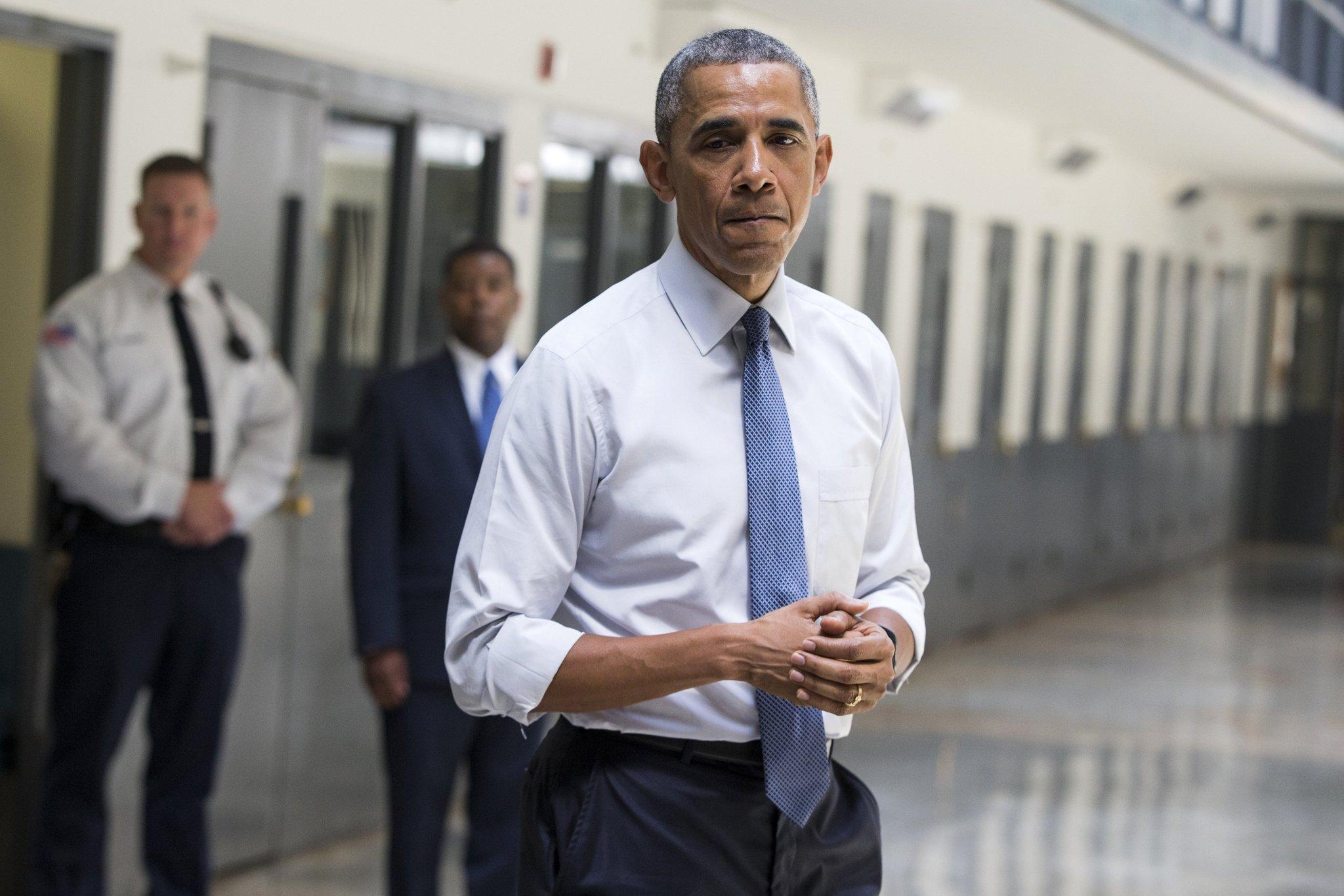 ct-obama-prison-visit-20150716
