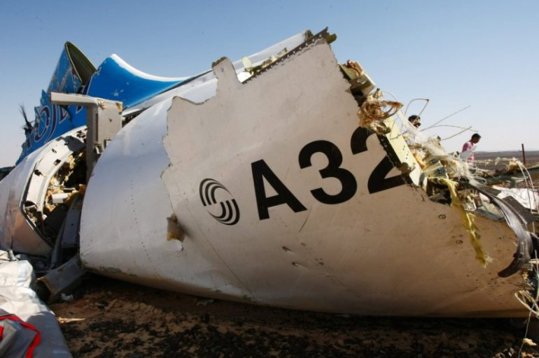 Metrojet A321 fuselage fragment