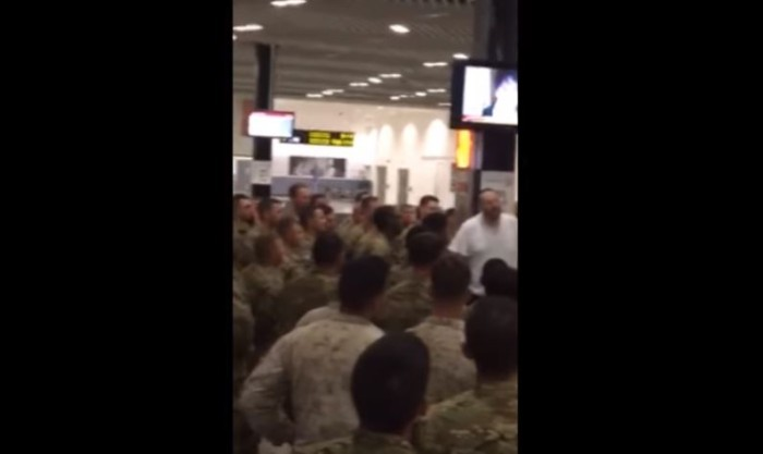 Man Shows Gratitude To 400 U.S. Troops Who Were Eating On The Floor At Airport (Video)