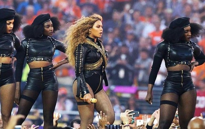 Beyonce-Super-Bowl-Reuters-640x480