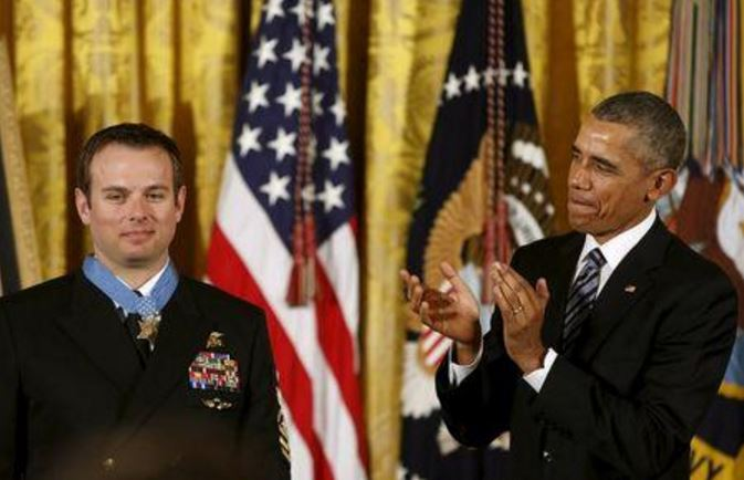 Navy SEAL Who Rescued American Hostage Awarded Medal Of Honor