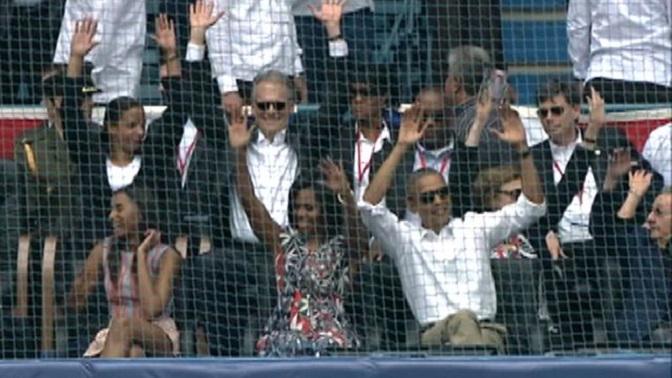 032216_obama_wave_1280