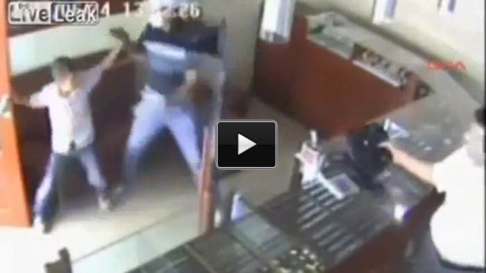 12 Year Old Boy's Quick Moves Stop Robber (VIDEO)