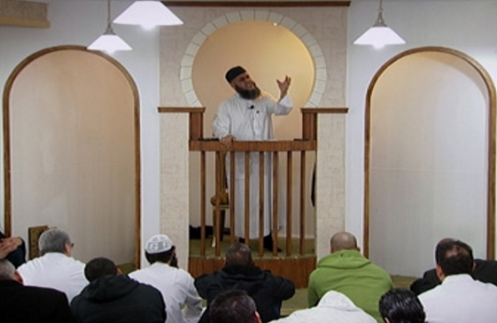 Mosque Praised By Police Tells Congregation To 'Kill Apostates And Non Muslims'