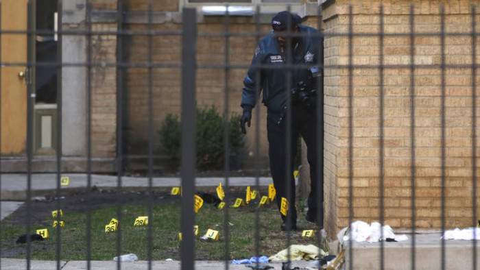 3 Chicago Police Offices Recovering After Shootout That Left Suspect Dead