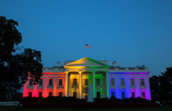 Obama-White-House-Gay-Marriage-Rainbow-575x371