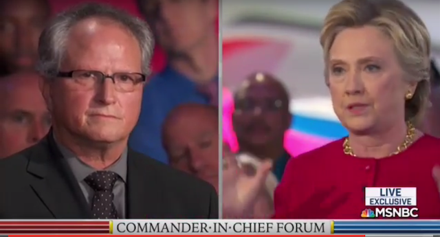 "BOOM! Navy Veteran Just DESTROYED HILLARY CLINTON ""I Would Have Been Prosecuted and Imprisoned"" (VIDEO)"