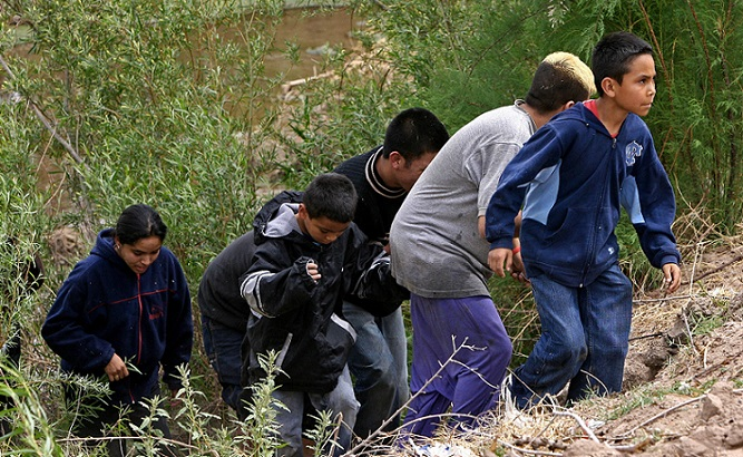 ALERT: New Surge Of Unaccompanied Minors Crossing Border Into U.S. (Video)