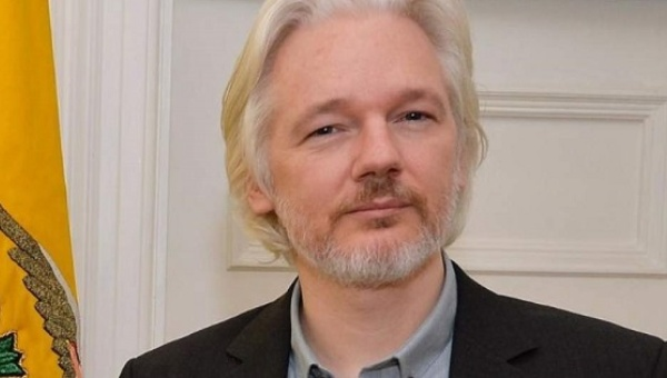 Julian Assange ALIVE – Says CIA, Saudis Created Daesh (Video)
