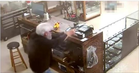 Two Armed Gunmen Try To Rob Gun Store… Receive Instant Justice (Video)