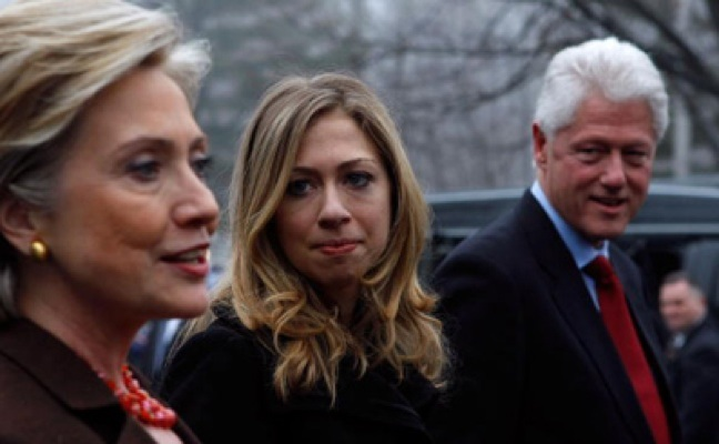 Clinton Empire Begins To Crumble: 'Fact They Are Shutting Down Shows They Are Running Scared' (Video)