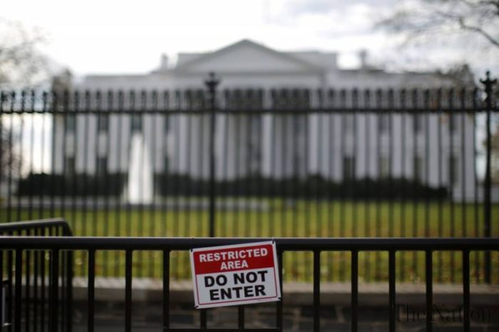 California Man Carrying Mace Arrested On White House Grounds After Scaling Fence (Video)
