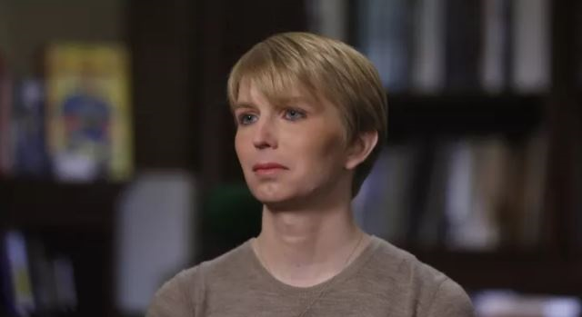 Chelsea Manning BLASTS Harvard on Twitter After They Rescind Visiting Fellowship Invitation