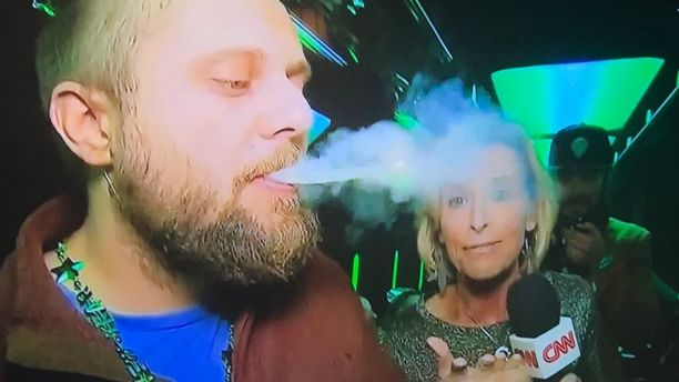 CNN Reporter Holds Joints, Lights Bong for Pot Smoker on Live New Year's Eve Broadcast (Video)