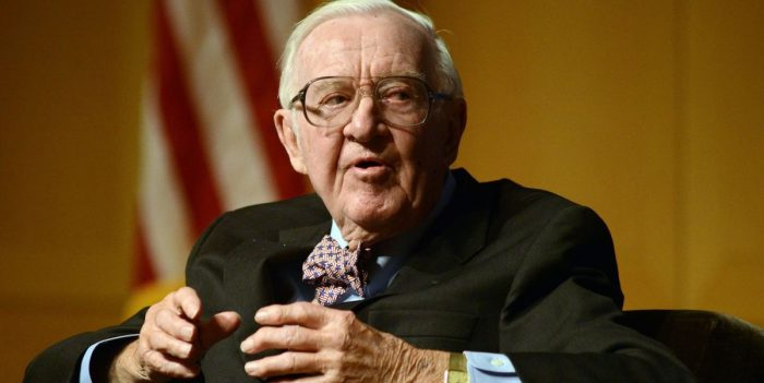 Former Supreme Court Justice John Paul Stevens: 'Repeal the Second Amendment' (Video)