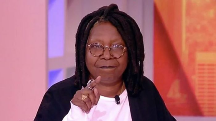 Whoopi Goldberg Challenges Trump to Experience Waterboarding – 'I Would Like You to Try It' (Video)