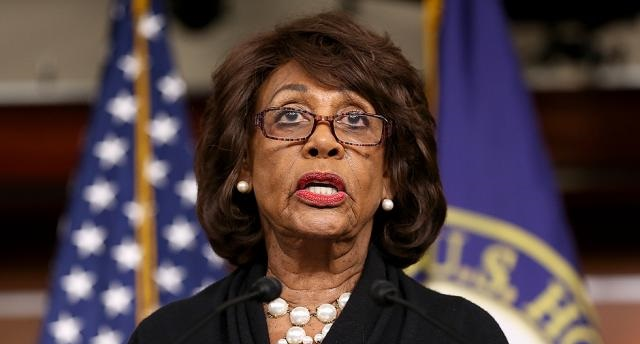 """Maxine Waters: Americans too Dumb to Understand """"Danger"""" Trump Poses to Country (Video)"""
