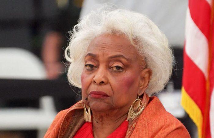 "Florida Elections Supervisor Brenda Snipes Rescinds Her Resignation ""I UN-QUIT!"""
