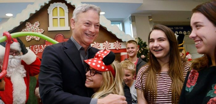 Actor Gary Sinise Flew 1,000 Children of Fallen Soldiers to Disney World For Christmas (Video)